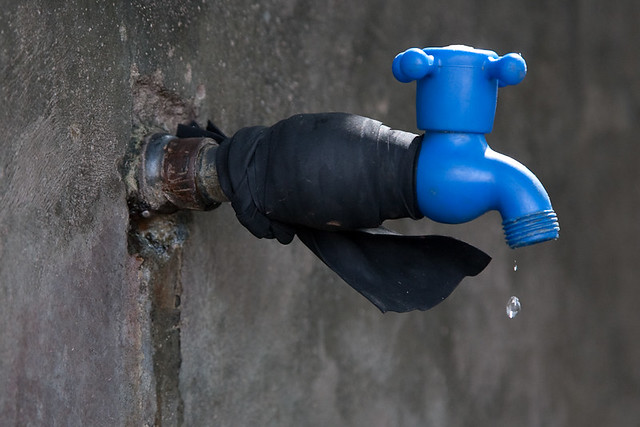 Some Common Plumbing Issues and When to Hire a Professional Plumber